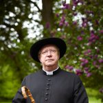 Father Brown star Mark Williams tells us about S8!
