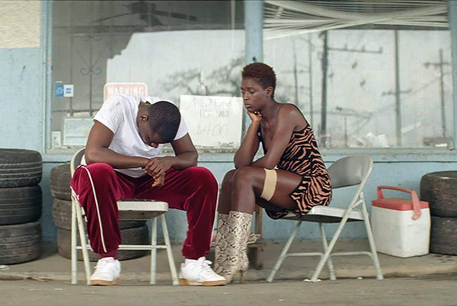Slim (Daniel Kaluuya) and Queen's (Jodie Turner-Smith) first date takes an unexpected turn when they are pulled over by a white police officer after Slim forgets to put on his turn signal. The situation quickly escalates, and the officer is shot dead, the entire incident captured on his dashcam video. Rather than turn themselves in […]
