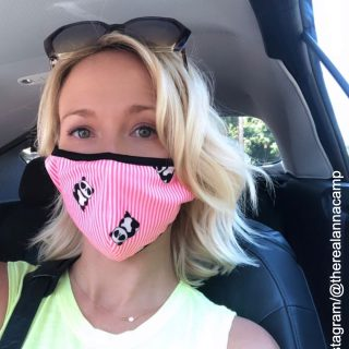 Anna Camp gets COVID-19, urges Americans to wear masks