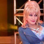 Dolly Parton gets COVID-19 vaccine
