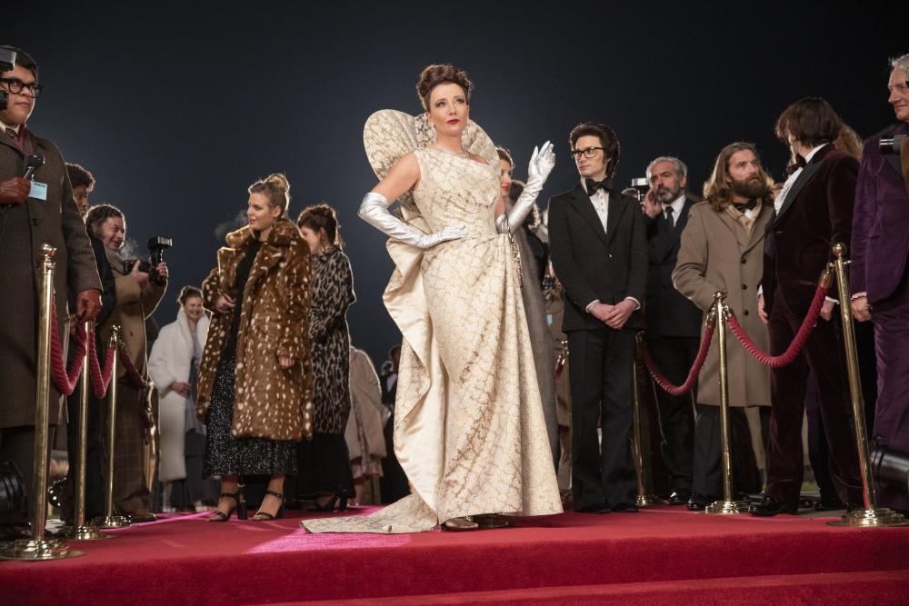 Emma Stone in and as Cruella