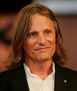 Viggo Mortensen denies he's quitting acting