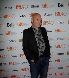 Patrick Stewart joins cast on the Green Room red carpet