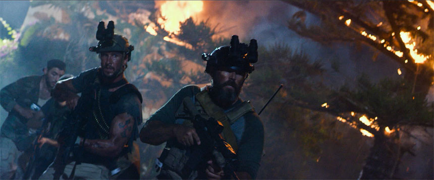 13 Hours: The Secret Soldiers of Benghazi Photo 9 - Large