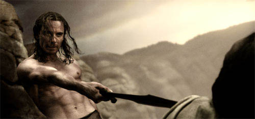 """Stelios (MICHAEL FASSBENDER) refuses the Persian emissary's demand to surrender in Warner Bros. Pictures', Legendary Pictures' and Virtual Studios' action drama """"300,"""" distributed by Warner Bros. Pictures.    - Large"""
