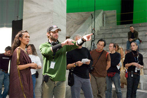 """Director ZACK SNYDER (center) blocks a scene with LENA HEADEY who portrays Gorgo, during filming of Warner Bros. Pictures', Legendary Pictures' and Virtual Studios' action drama """"300,"""" distributed by Warner Bros. Pictures. - Large"""