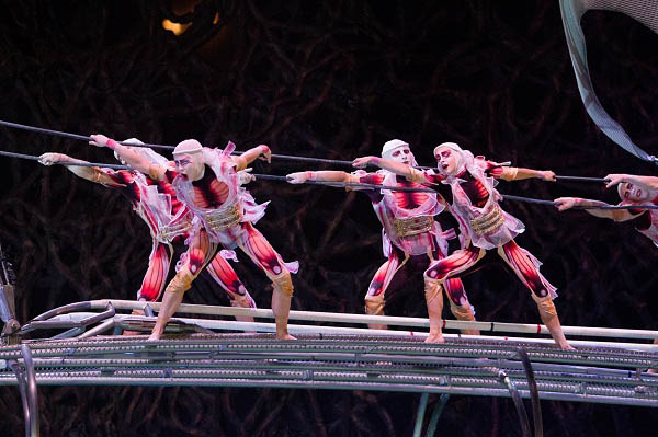 Cirque du Soleil: Worlds Away photo 4 of 14