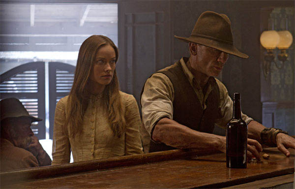 Cowboys & Aliens photo 2 of 11
