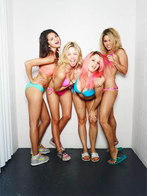 Spring Breakers photo 10 of 13
