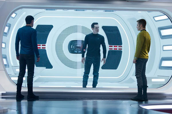 Star Trek Into Darkness photo 15 of 45