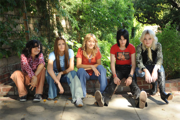The Runaways (600X399)