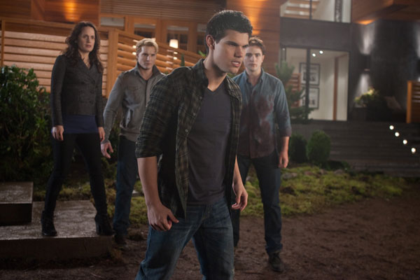 The Twilight Saga: Breaking Dawn - Part 1 photo 2 of 35