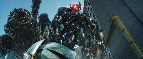 Transformers: Dark of the Moon (600X251)