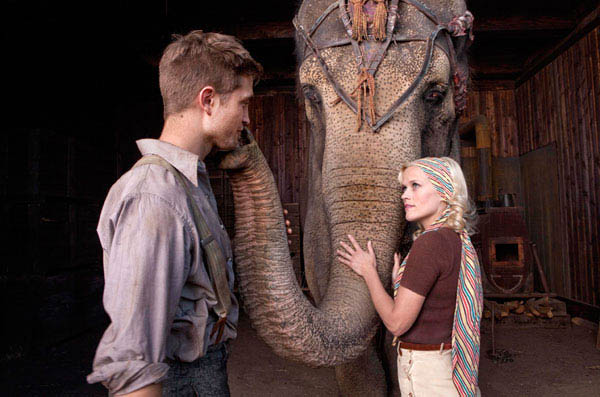 Water for Elephants photo 1 of 8