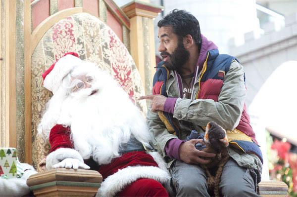A Very Harold & Kumar Christmas Photo 13 - Large