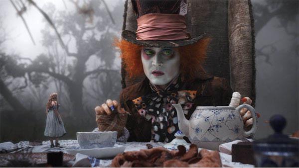 Alice in Wonderland Photo 18 - Large