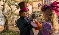 Alice Through the Looking Glass Photo 17