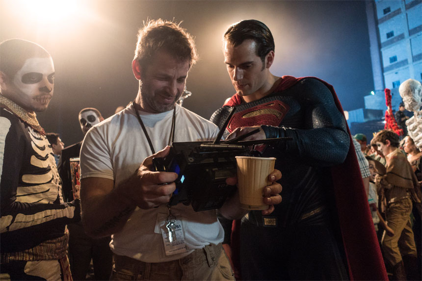 Batman v Superman: Dawn of Justice Photo 29 - Large