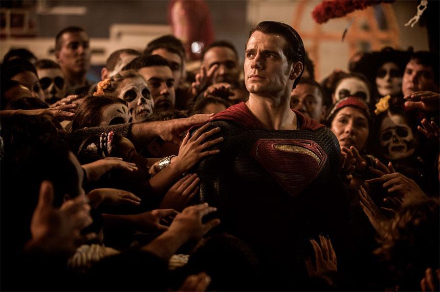 Batman v Superman: Dawn of Justice Photo 19 - Large