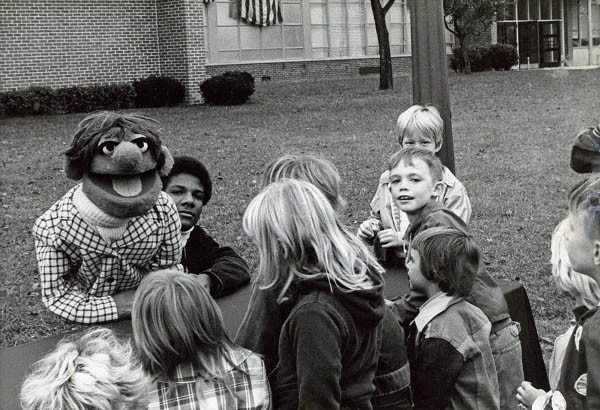 Being Elmo: A Puppeteer's Journey Photo 3 - Large
