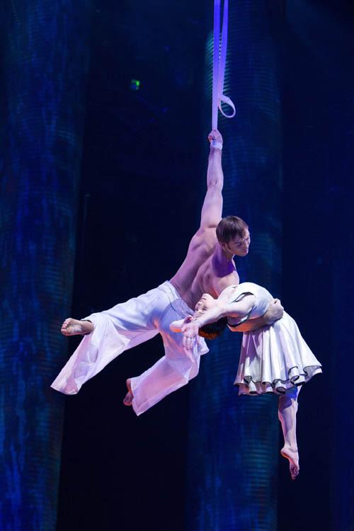 Cirque du Soleil: Worlds Away  Photo 13 - Large