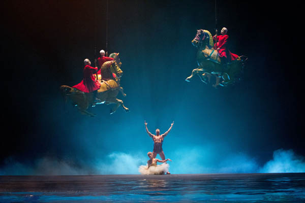 Cirque du Soleil: Worlds Away  Photo 5 - Large