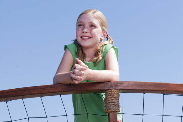 Dolphin Tale Photo 29 - Large