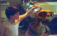 E.T. The Extra-Terrestrial: The 20th Anniversary Photo 8