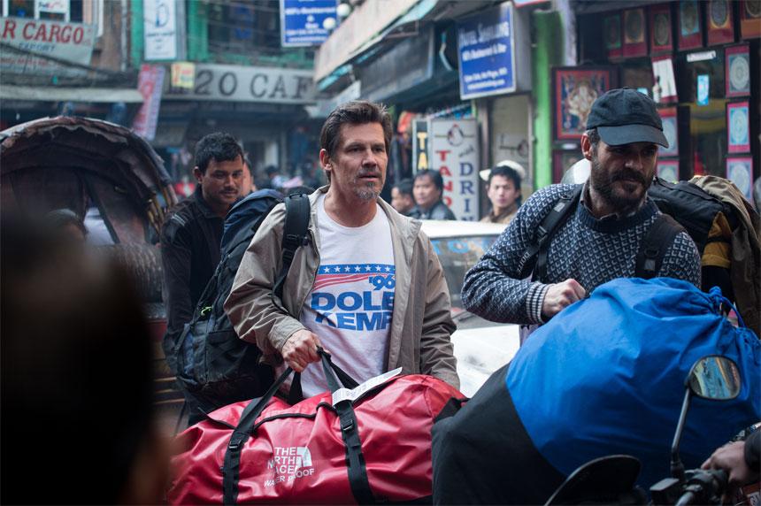 Everest Photo 3 - Large