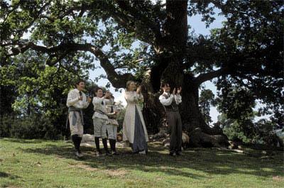 Finding Neverland Photo 7 - Large