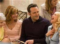 Four Christmases Photo 30