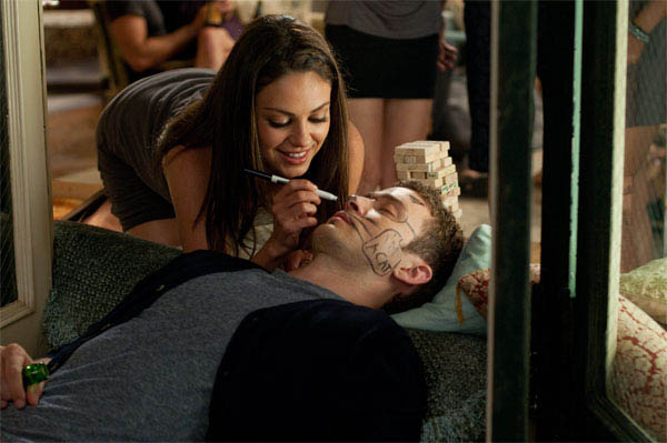 Friends with Benefits Photo 9 - Large