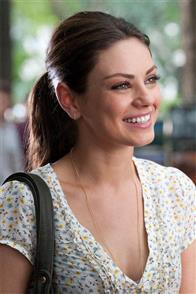Friends with Benefits Photo 23