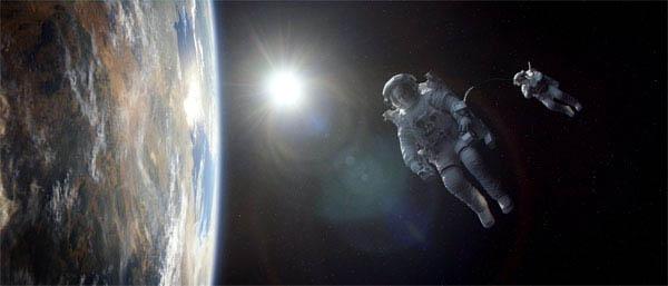 Gravity Photo 18 - Large