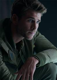 Independence Day: Resurgence Photo 16