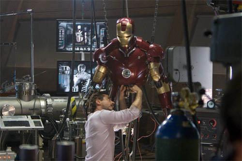 Iron Man Photo 34 - Large