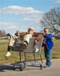 Jackass Presents: Bad Grandpa Photo 30