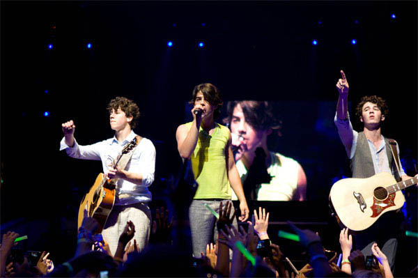 Jonas Brothers: The 3D Concert Experience Photo 10 - Large