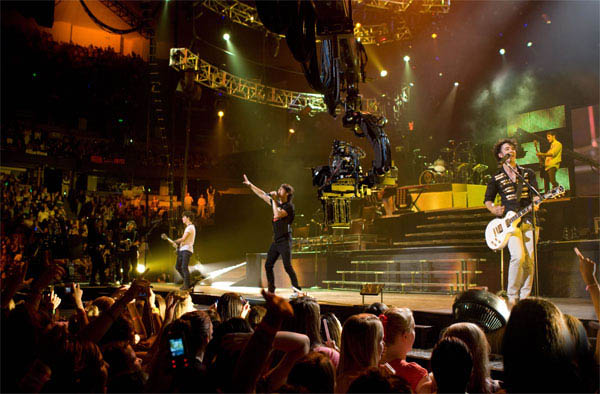 Jonas Brothers: The 3D Concert Experience Photo 1 - Large