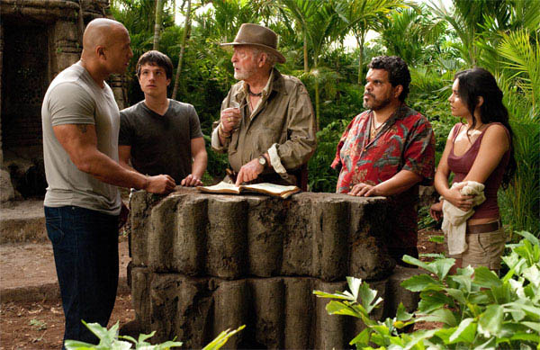 Journey 2: The Mysterious Island Photo 15 - Large