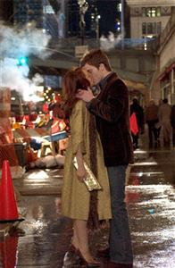 Ashley (Lindsay Lohan) and Jake (Chris Pine) find love – and extremes of fortune – in New York City, in JUST MY LUCK.