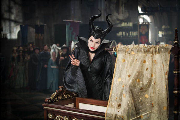 Maleficent Photo 13 - Large