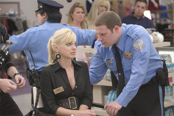 Observe and Report Photo 17 - Large