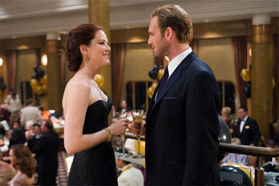 "JACINDA BARRETT as Maggie James and JOSH LUCAS as Dylan Johns in Warner Bros. Pictures' and Virtual Studios' action adventure ""Poseidon."" - Large"