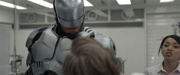 RoboCop Photo 1 - Large