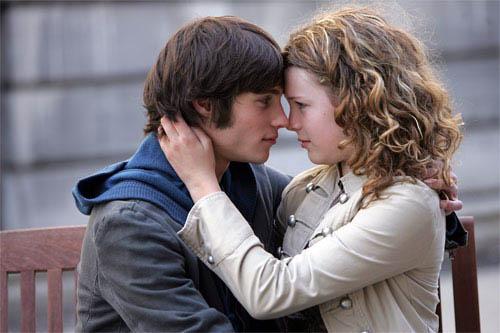Romeo & Juliette Photo 9 - Large
