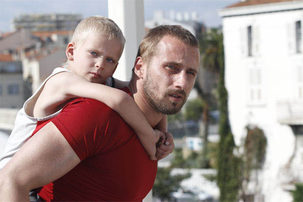 Rust and Bone Photo 11 - Large