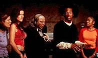 Scary Movie 2 Photo 2