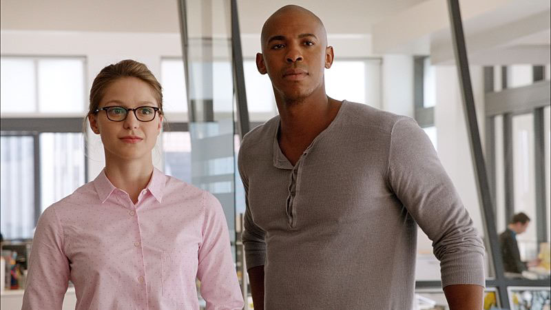Supergirl: The Complete First Season Photo 1 - Large
