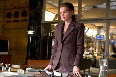 Lois Lane (KATE BOSWORTH) in a scene from Warner Bros. Pictures' and Legendary Pictures' action adventure, <i>Superman Returns</i>.  - Large
